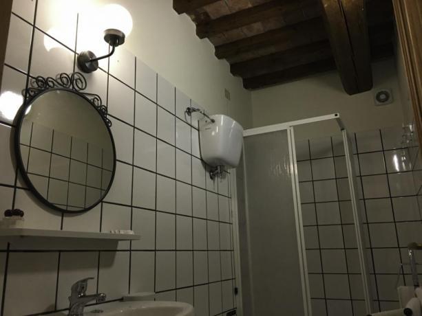 LaCantina- Bagno con Doccia appartamento 2+2