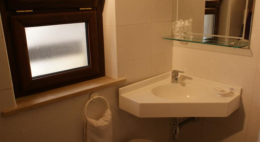 camere con bagno privato aria condizionata calabria