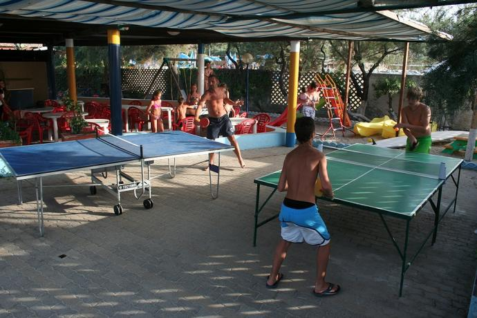 Residence a Zambrone con Parco giochi e Discoteca