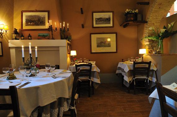 Agriturismo con ristorantino intimo a Saragano