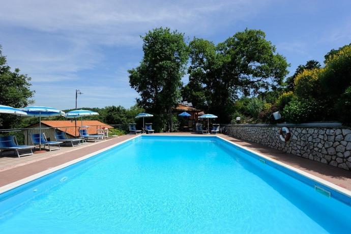 Agriturismo a Magione con piscina esterna