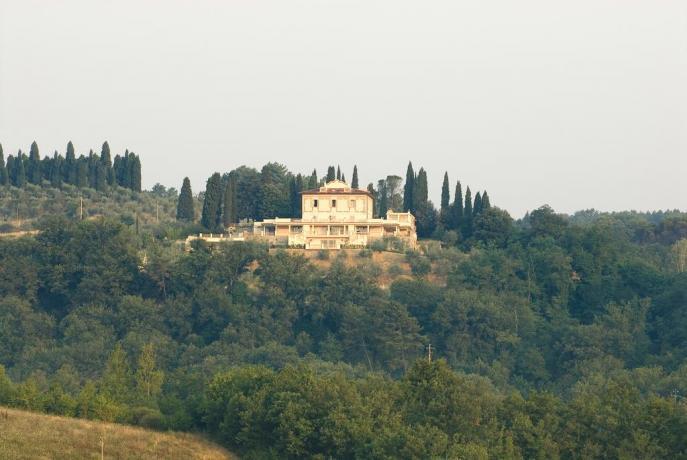 Villa immersa nel verde vicino Firenze