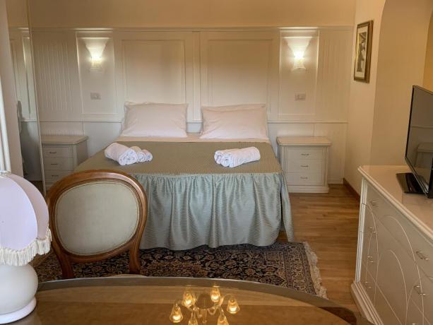 Villa vacanze Perugia camera matrimoniale con tv