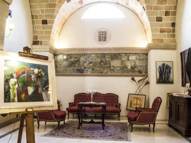 Hotel con arredi eleganti a Galatina