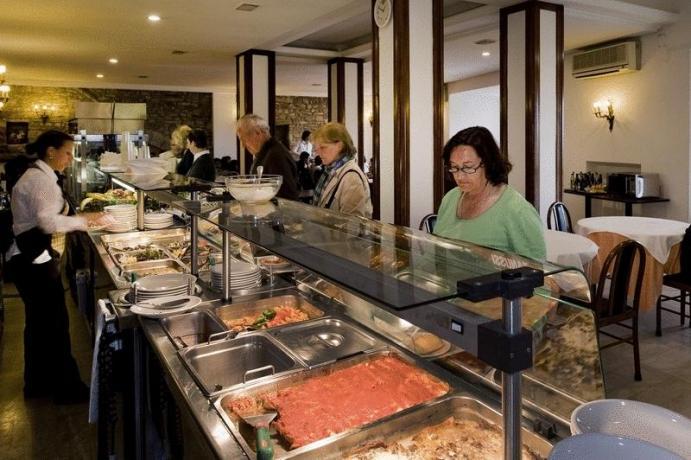 Hotel3stelle con self service piatti umbri Assisi centro