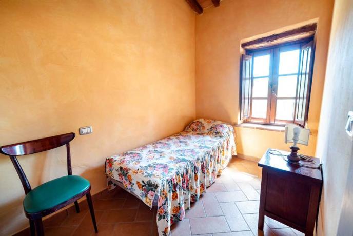 Camera Singola in Casolare vicino Todi
