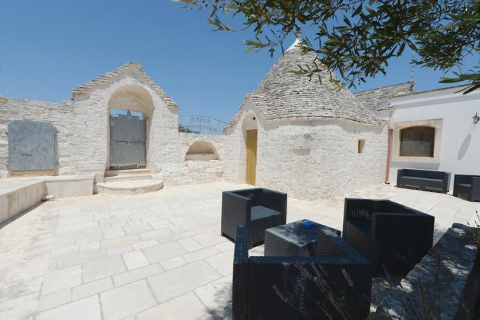 Agriturismo dentro trulli, Alberobello, centro storico, Puglia