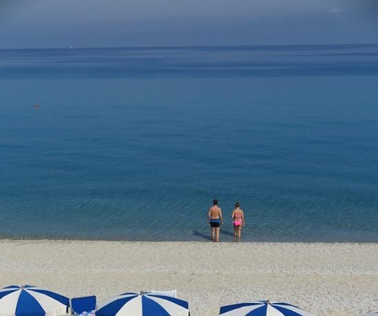 Villaggio con Spiaggia privata vicino Tropea