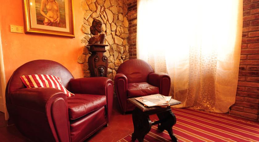 Salone Appartamento Ghety in antico palazzo Umbria