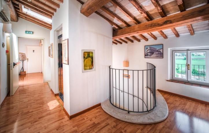 Agriturismo in Assisi con Piscina e Giardino