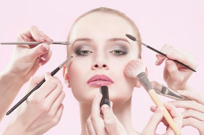 Imperya: Catalogo prodotti linea cosmetica-donna