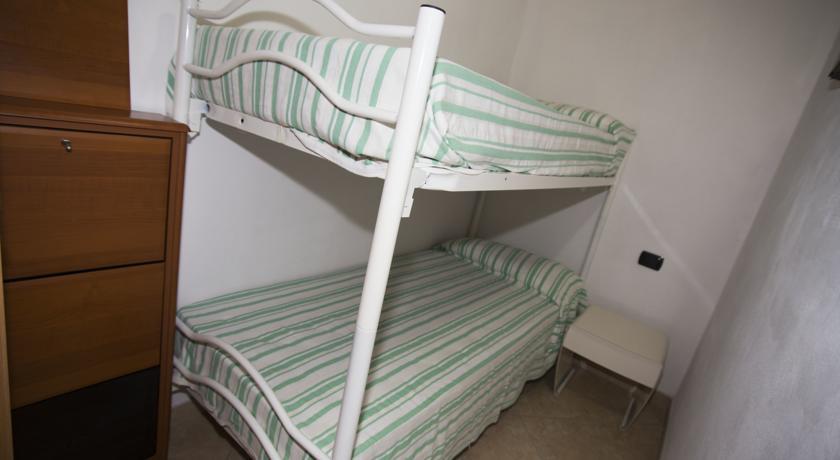 Villaggio con appartamenti/roulotte consigliato alle famiglie