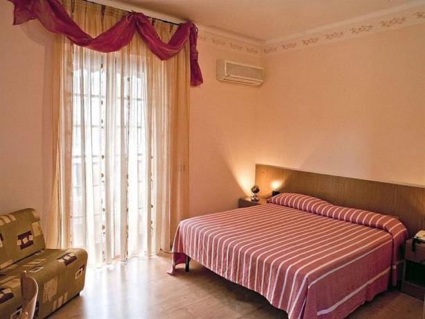 Camera matrimoniale comfort hotel a Mattinata