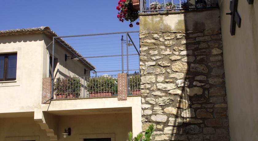 Terrazza Casale in Campagna in Sicilia