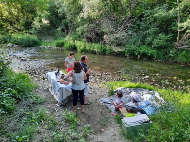 apericena degustazione sul fiume