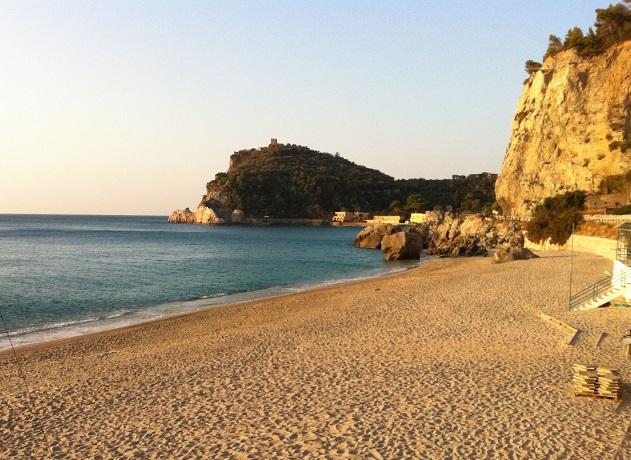 Dormire vicino alla Spiaggia in Liguria