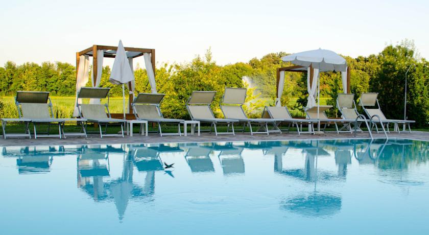Resort immerso nel verde del Parco privato