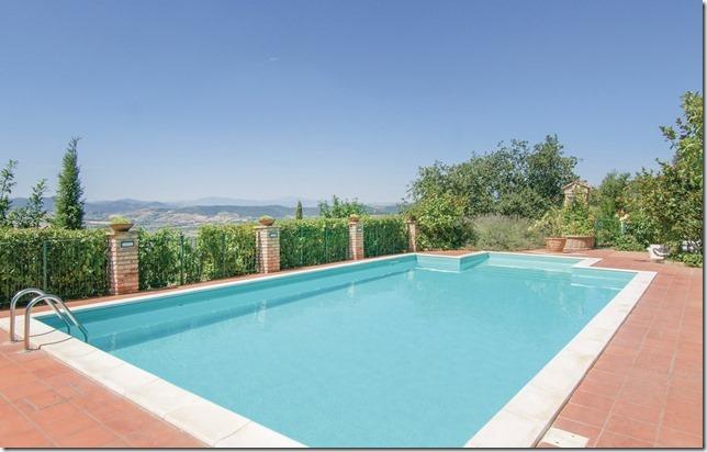 Casale Agrituristico casa vacanze con piscina panoramica Magione