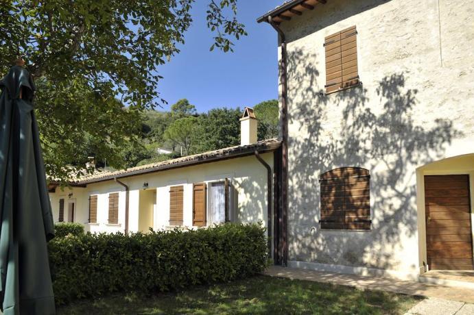 appartamenti con ampio spazio verde in Umbria