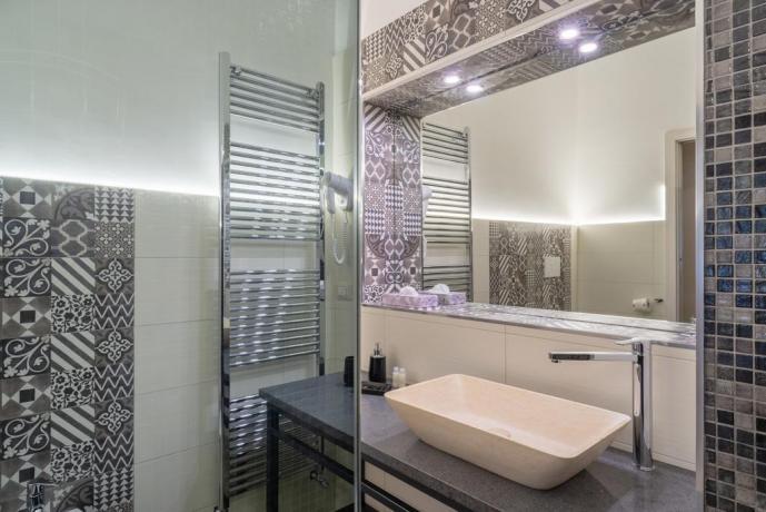 Suite Shabby con ampio bagno in camera