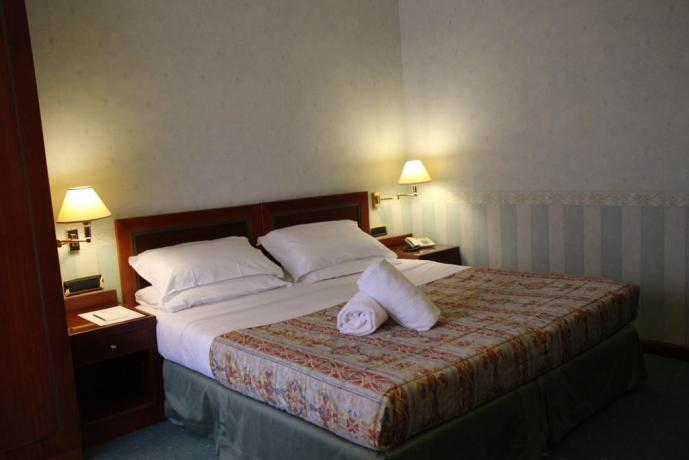 Camera matrimonale a basso costo vicino Assisi
