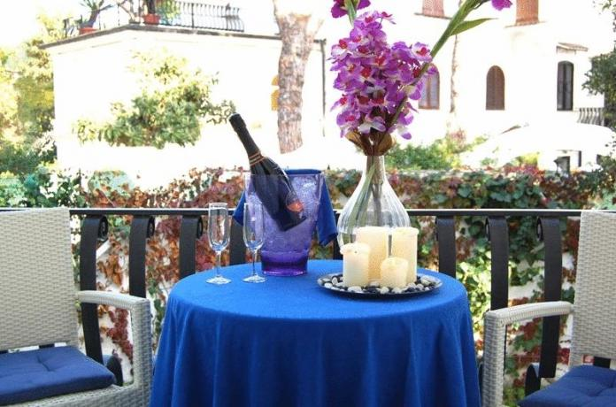 Tavolo Balcone Hotel*** Terracina BB HB FB