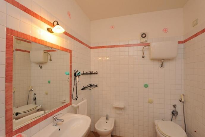 Bagno in Appartamento per 4persone con Doccia