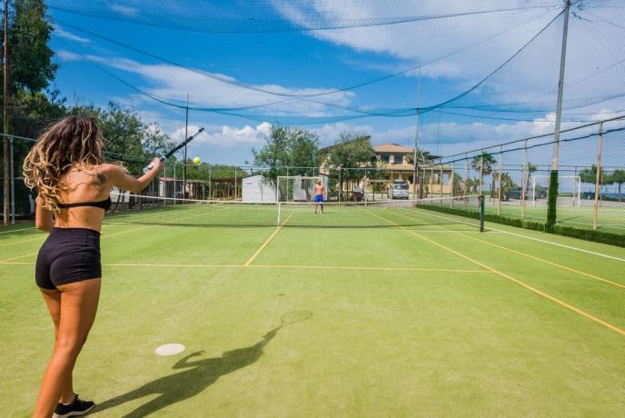 Villaggio vicino Sibari con Campi da Tennis