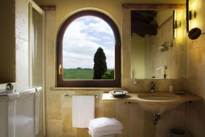 Bagno con doccia e con vista panoramica