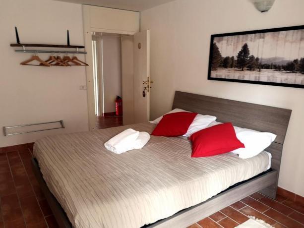 Camera con letto matrimoniale Agriturismo in Umbria