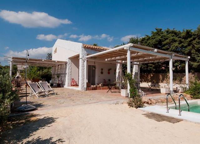 Casa sulla Spiaggia di Selinunte con Piscina