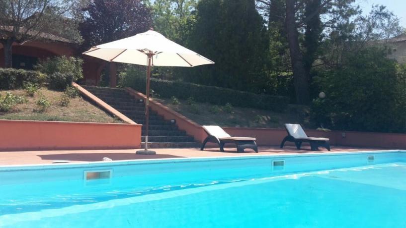 Piscina Attrezzata e panoramica: Villa Alice