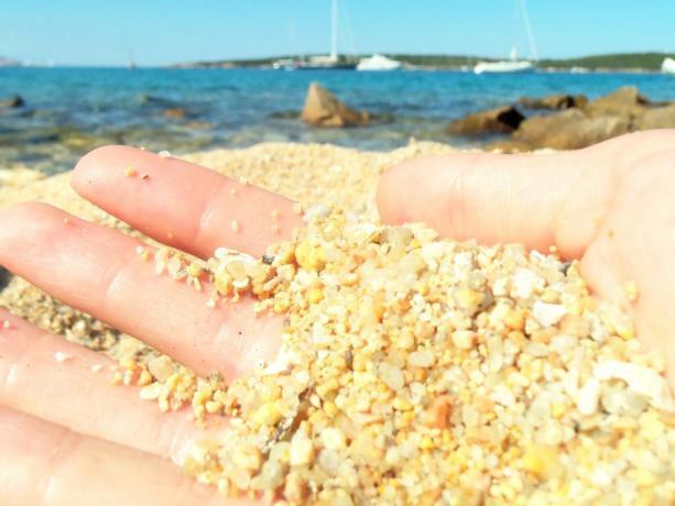 Spiaggia di sassi ad Arzachena