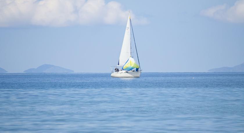 Hotel ideale Escursioni Barca a Vela Sardegna