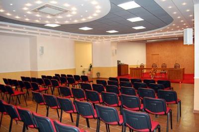 Centro Congressi 200/250 posti Caserta