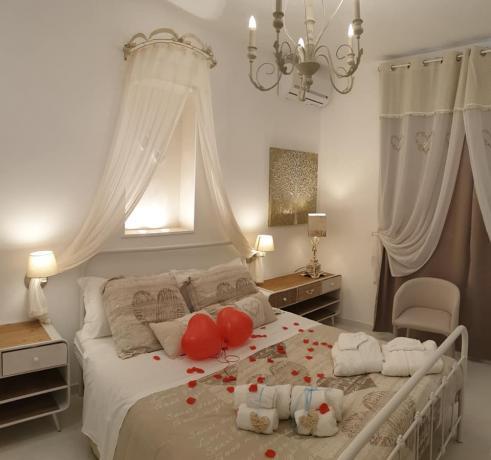 Camera Matrimoniale Romantica a San Valentino