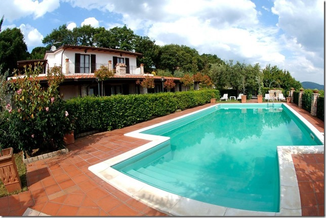 Casale Agrituristico con piscina panoramica Magione-Perugia