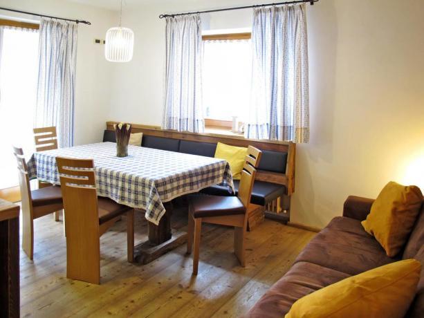 Appartamenti con soggiorno e angolo cucina a S.Vigilio