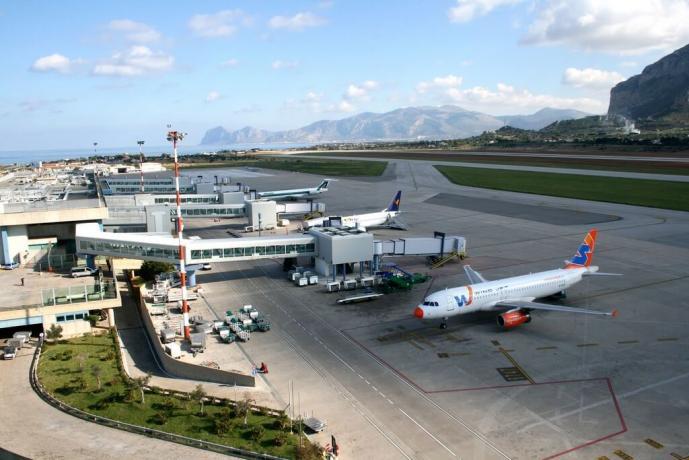 Hotel4stelle a 30km Aeroporto Palermo
