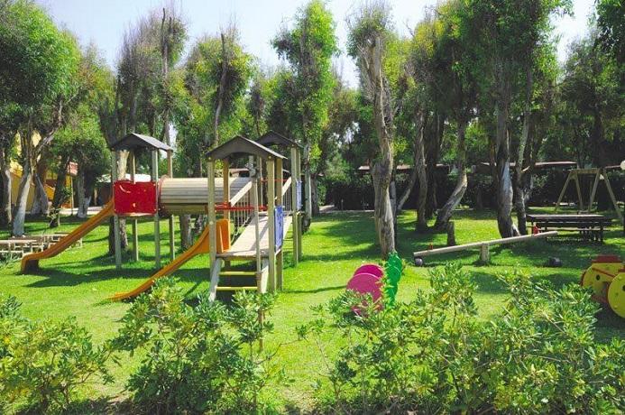 Resort con Parco Giochi attrezzato per bambini