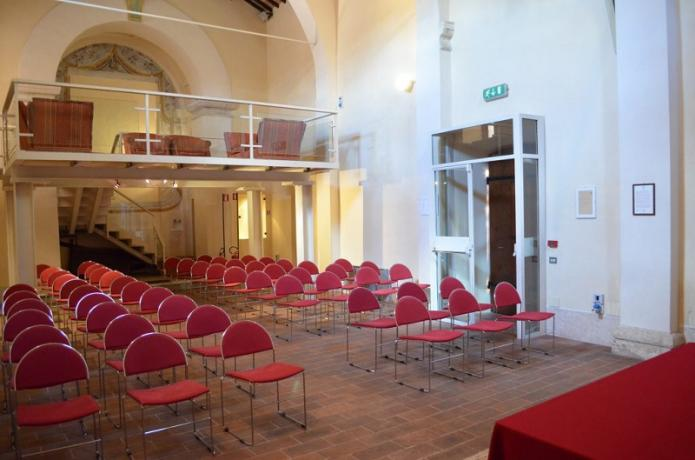 sala meeting 70 persone a Todi