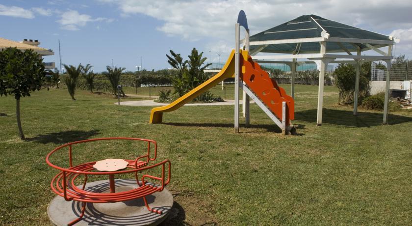 Parco Giochi Miniclub Villaggio vicino Mare Scoglitti