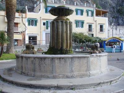 Moresca-fountain