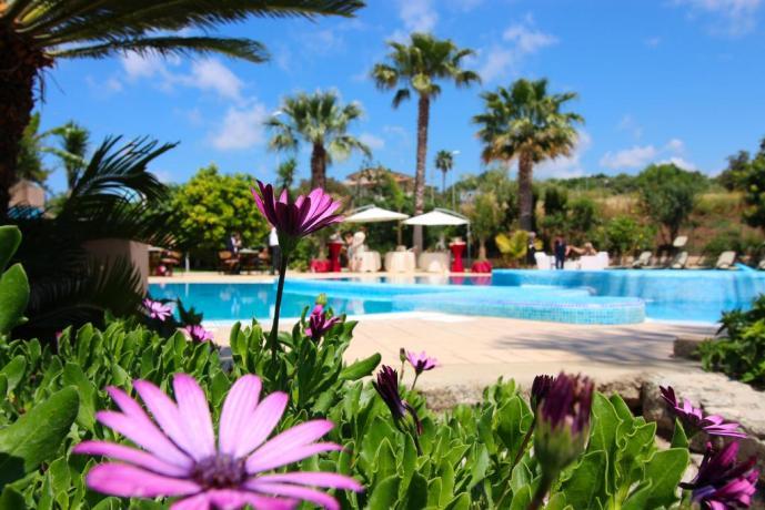 Dormire tra Tropea e CapoVaticano Hotel 3 stelle