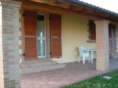 porticato del bed and breakfast in toscana