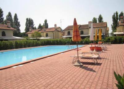 Alberghi con piscina e centro benessre alberghi bb agriturismi vicino alle spiagge di ravenna - Piscina comunale ravenna prezzi ...