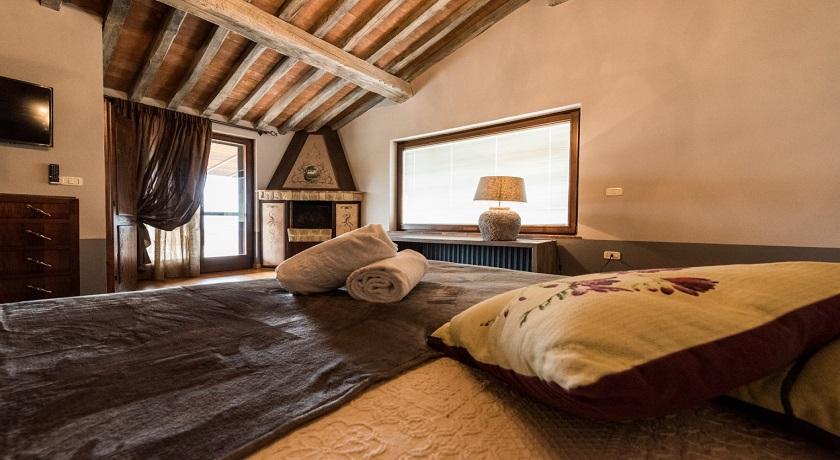 Suite, Camino, Idromassaggio in Villa Privata sul Trasimeno