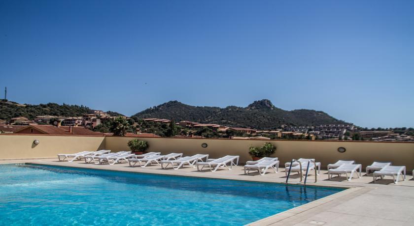 A villasimius residence vicino al centro appartamenti - Residence con piscina sardegna ...