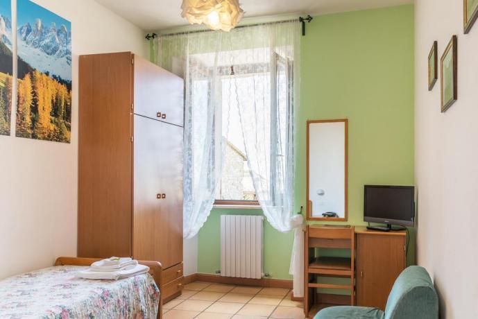 Camera Singola in hotel per pellegrinaggi ad Assisi
