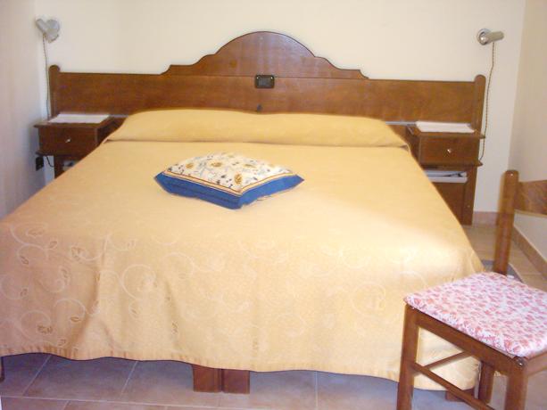 Hotel con Camere Matrimoniali Castellina Marittima